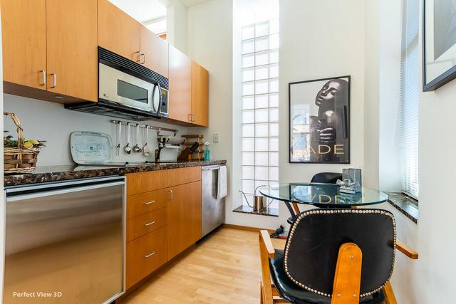 2058 Seminary 3F-2R_Guest Suite Kitchen.jpg