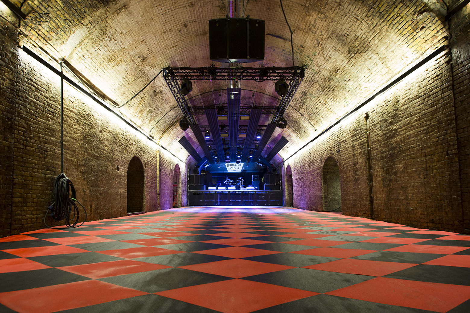 House_of_Vans_London_Music_Tunnel_(1).jpg