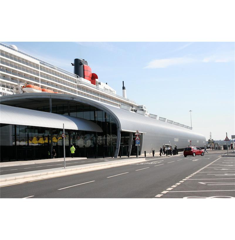 Southampton_Cruise_Terminal_002.jpg