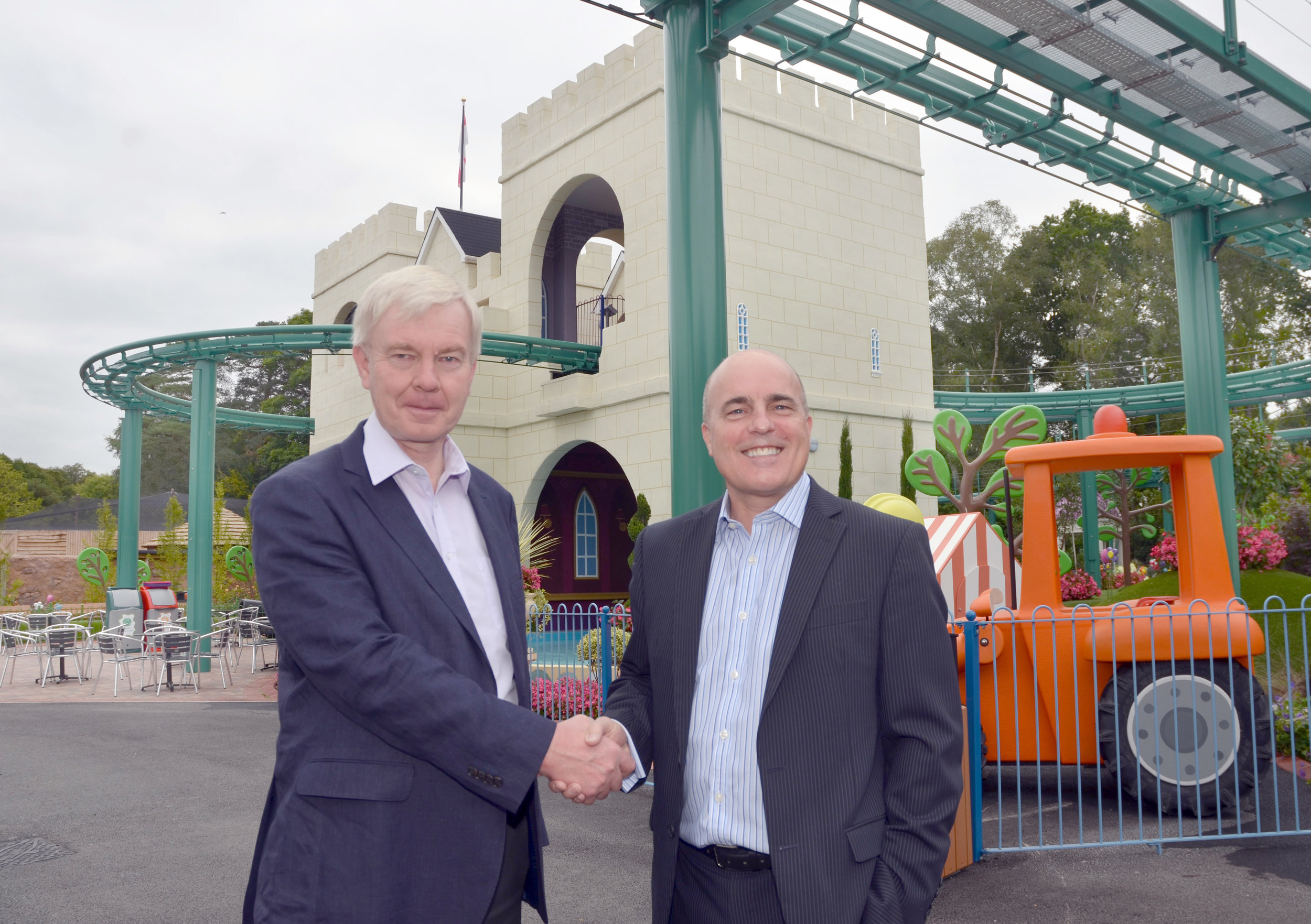 WFBA attended the Paultons Family Theme Park to view visitors enjoying latest attraction within Peppa Pig world.