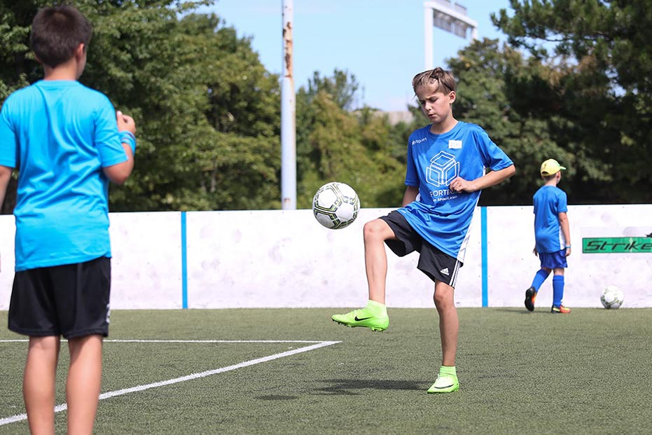 SPORTBOX-Sommercamp 2017_Fußball_Fotocredit SPORTBOX_Erwin Prohaska_klein.jpg