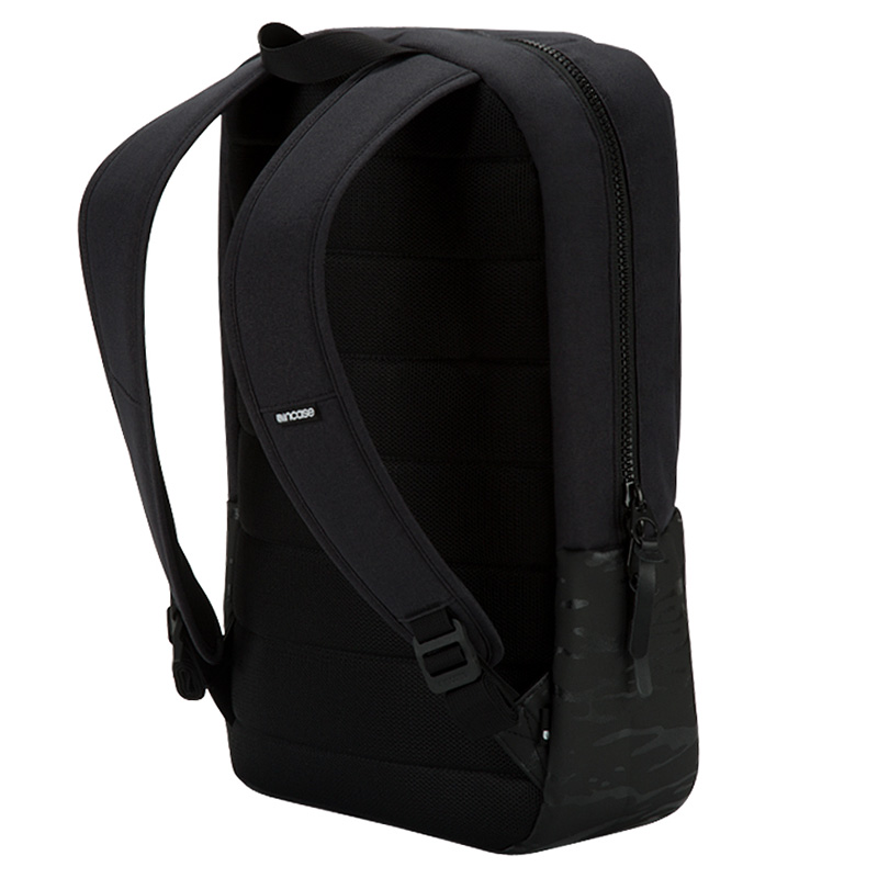 incase-compass-backpack-03.jpg