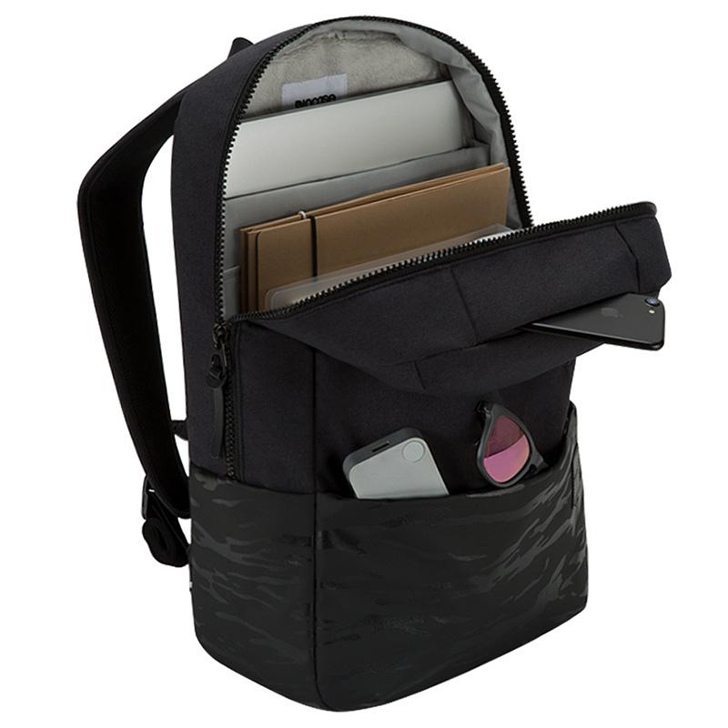 incase-compass-backpack-04.jpg