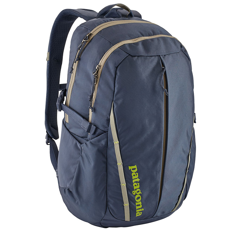 Patagonia-Refugio-28L-mens-backpack-01.jpg