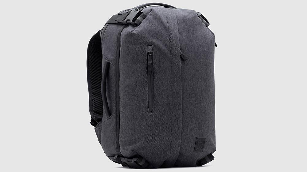 chrome-summoner-travel-backpack-01.jpg