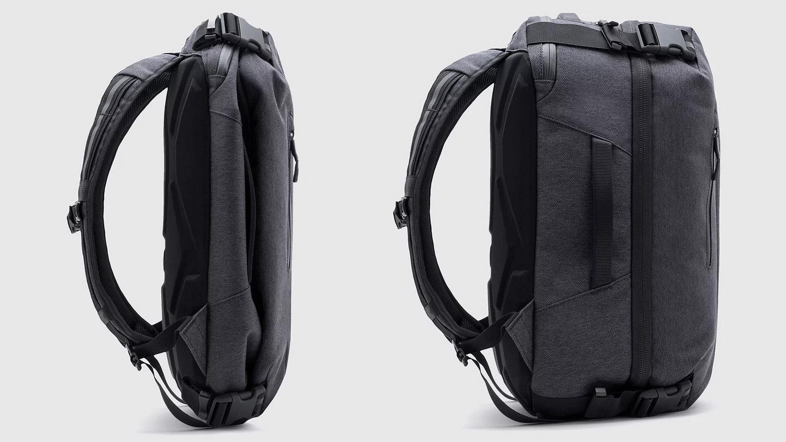 chrome-summoner-travel-backpack-04.jpg