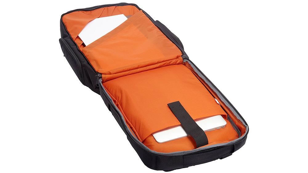 ebags-pro-flight-travel-laptop-backpack-03.jpg
