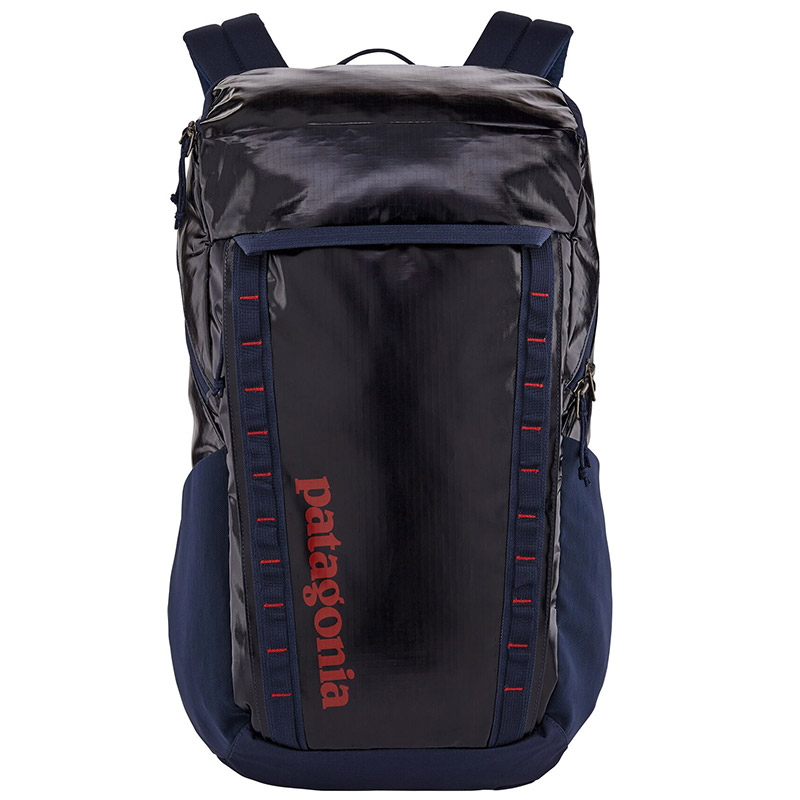 Patagonia-black-hole-backpack-32L-01.jpg