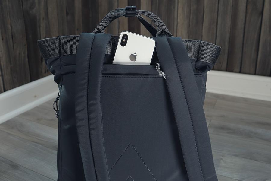 Topologie Haul backpack navy - back pocket