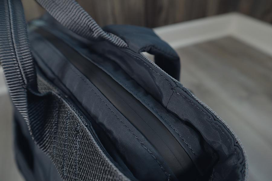 Topologie Haul backpack splashproof zippers