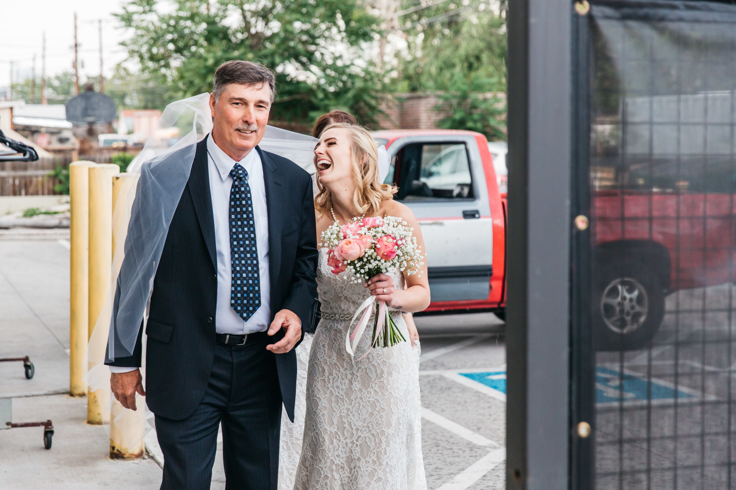 wedding veil blooper