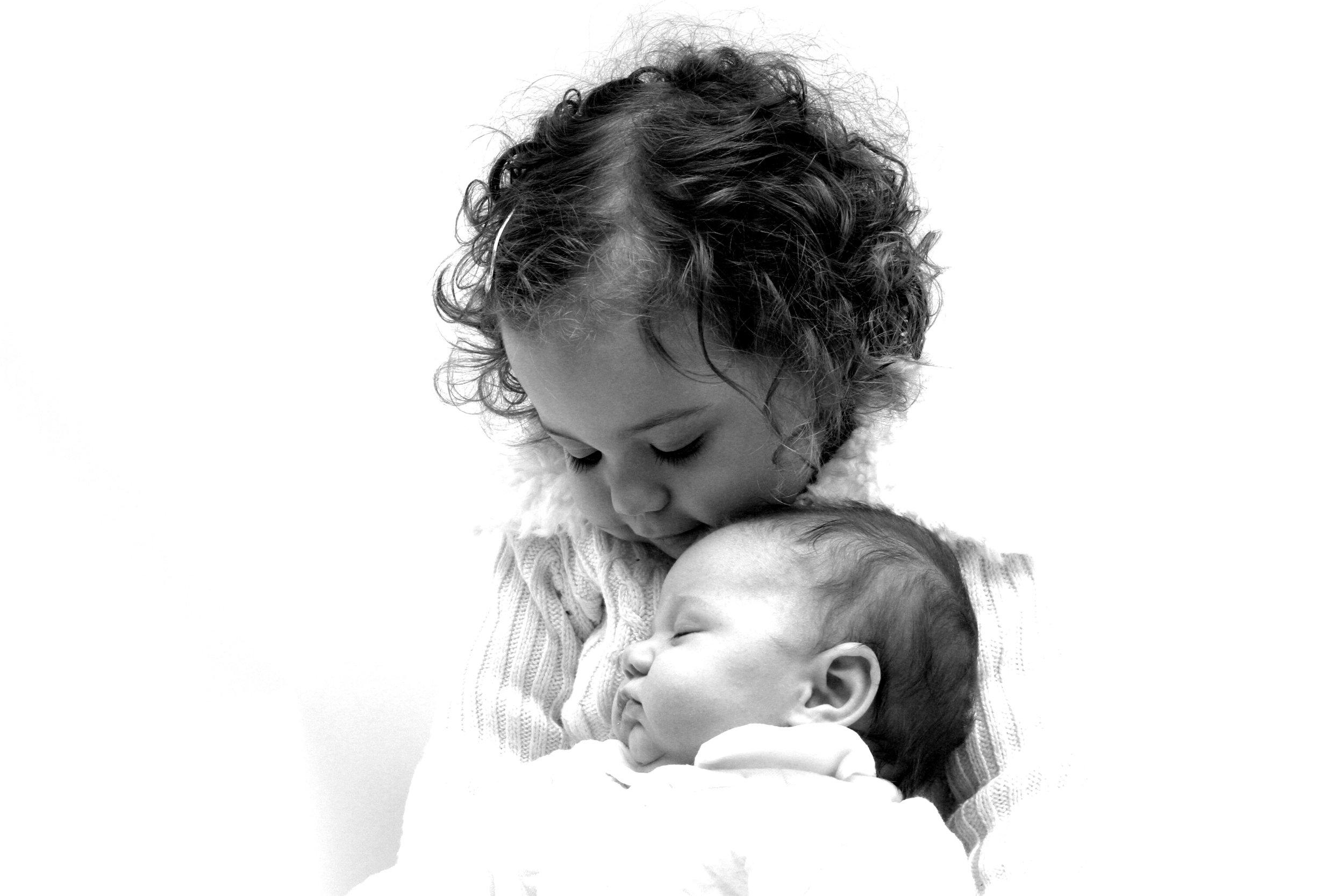 Newborn photoshoot, newborn infant baby photographer, photographers sibling family