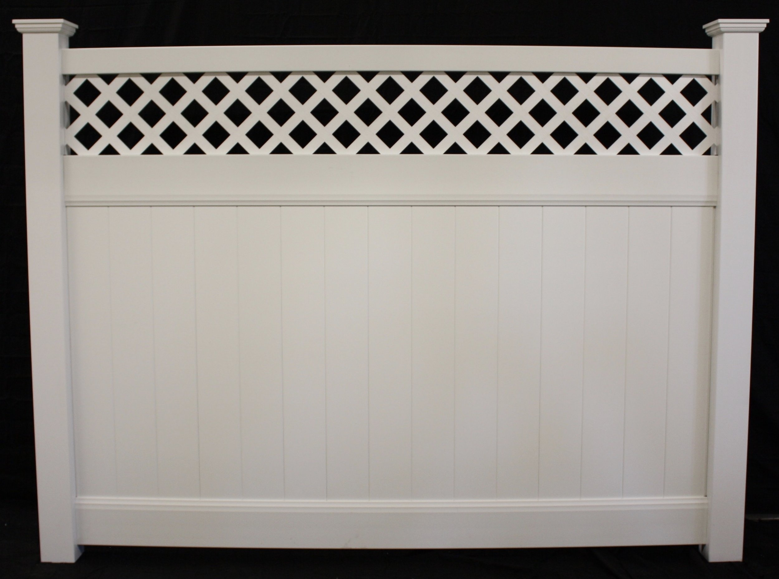 Lattice Top Privacy Vinyl Fence