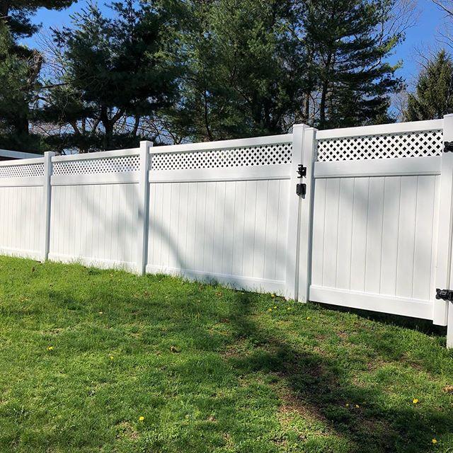 More photos from Helmetta NJ Vinyl Privacy installed with mini lattice #vinylfence #fence #helmetta #helmettanj #nj #newjersey #construction #spring #backyard #house #home #lattice #awesome