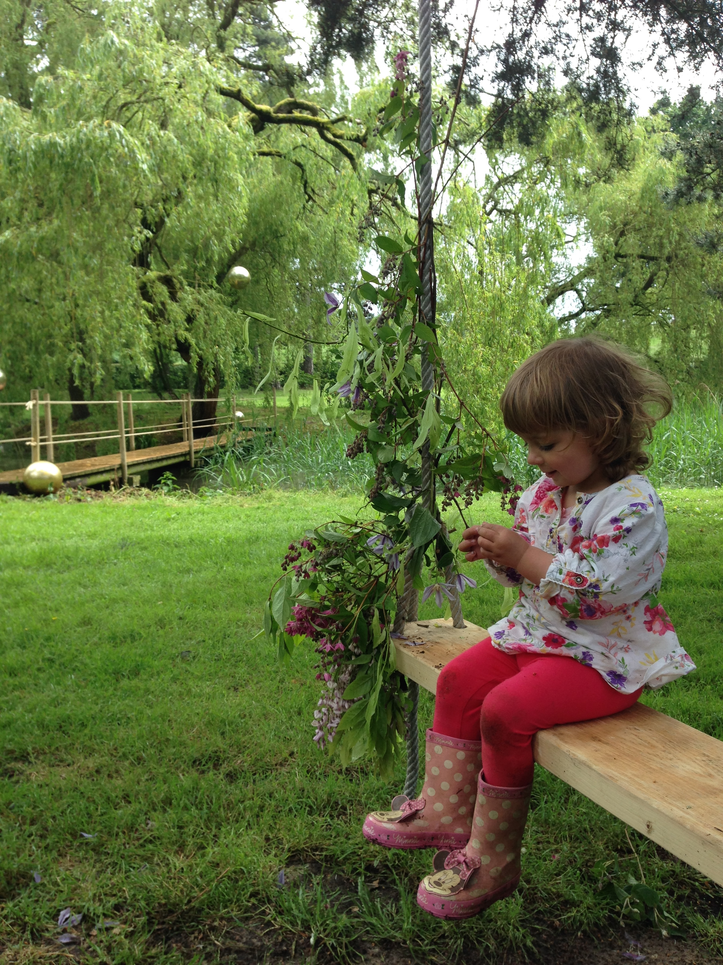 flower swing glamping norfolk