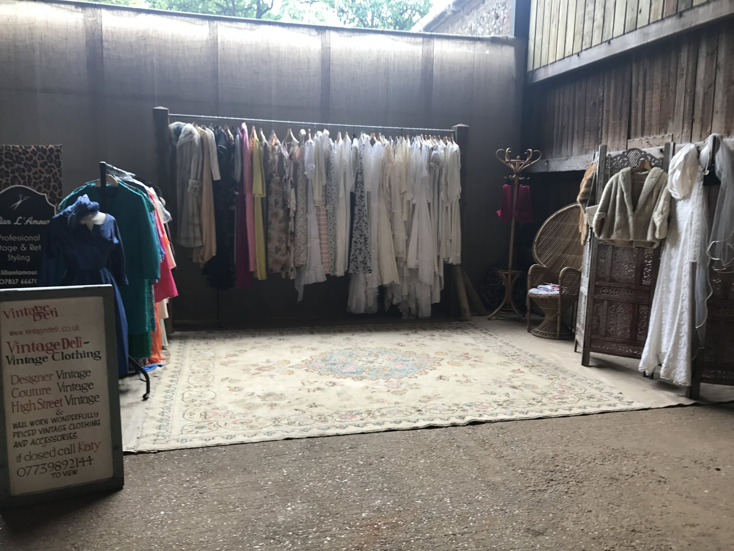 Vintage Deli - Vintage Wedding Dresses