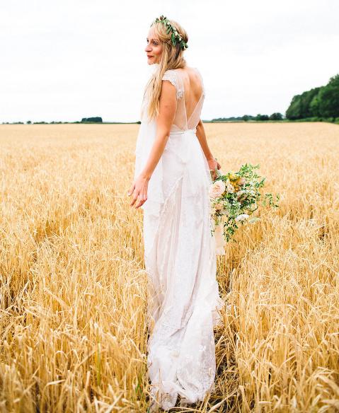 Jane Bourvis wedding gown