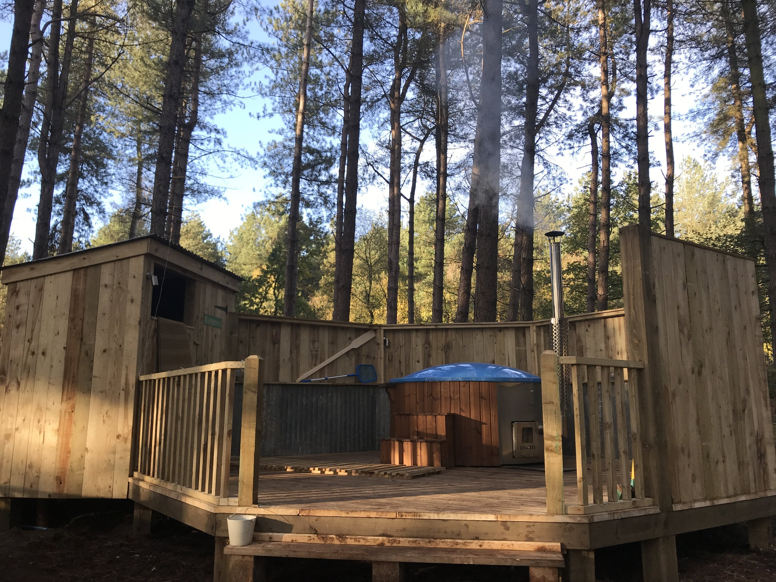 The Hot Tub is positioned in a glade in the woods and is available to book in hour slots during your stay. Booking is essential £7 pp per hour booked.