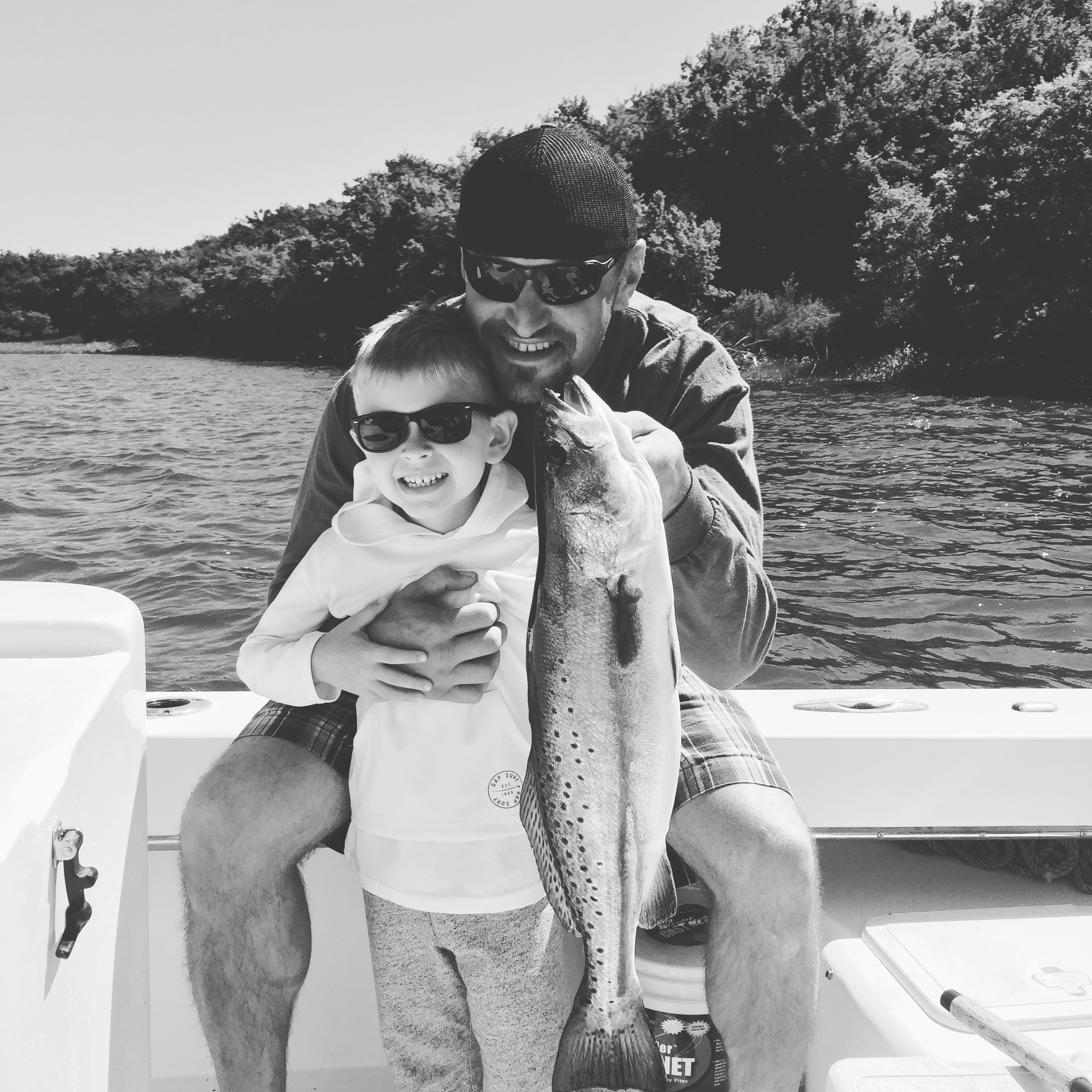 Therapy-Inshore-Family-Fishing
