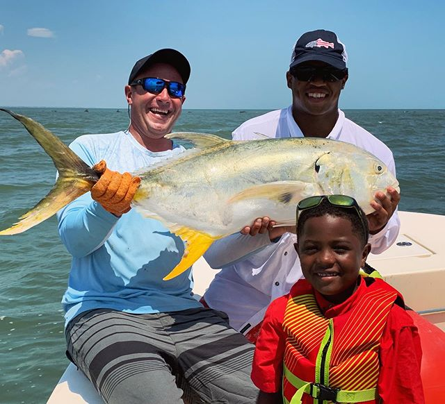 Headed home for the day when we came across a school Jacks!! #hailmary #jackcrevalle #gofishyourself