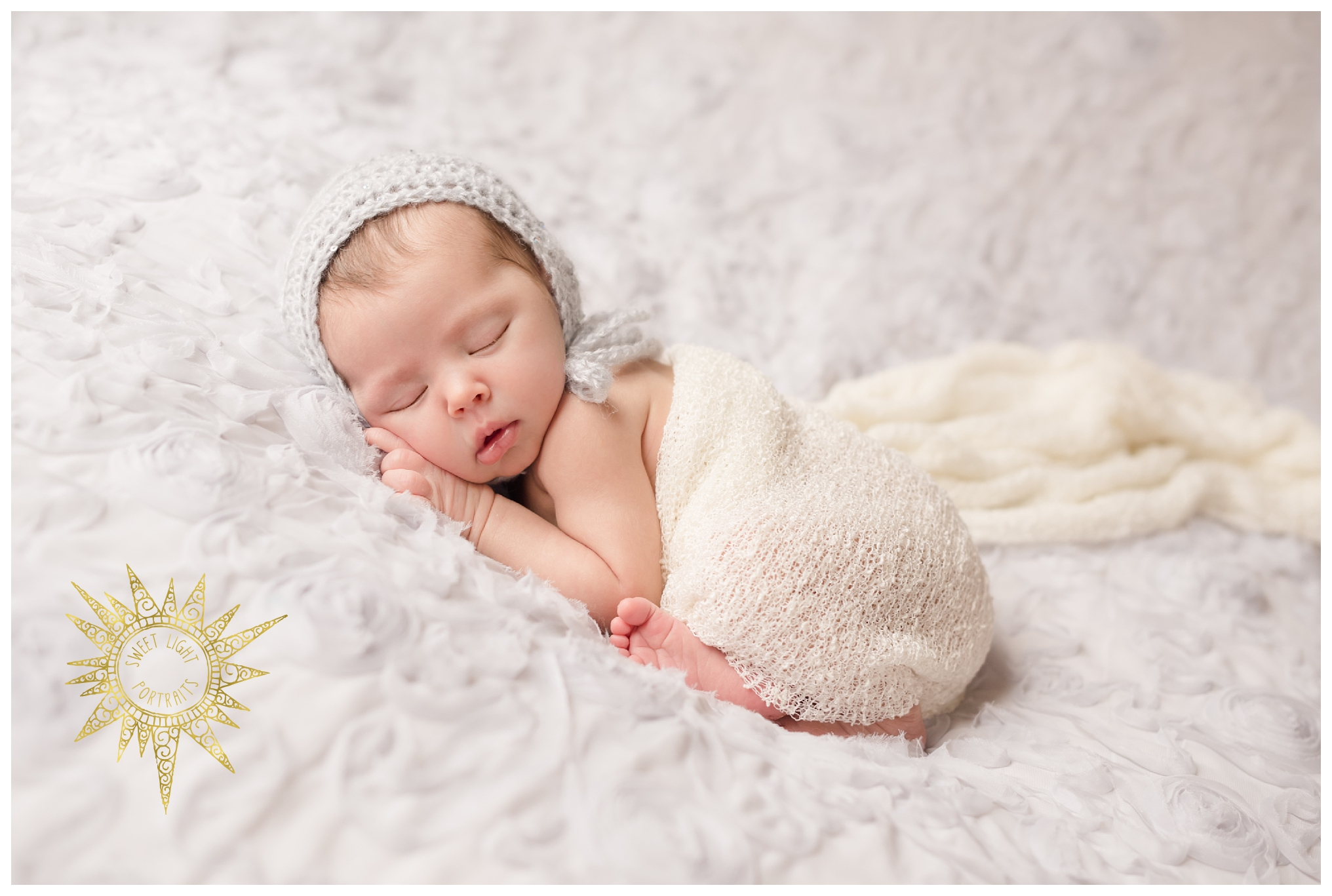 Newborn-Photos-Sweet-Light-Portraits35.jpg