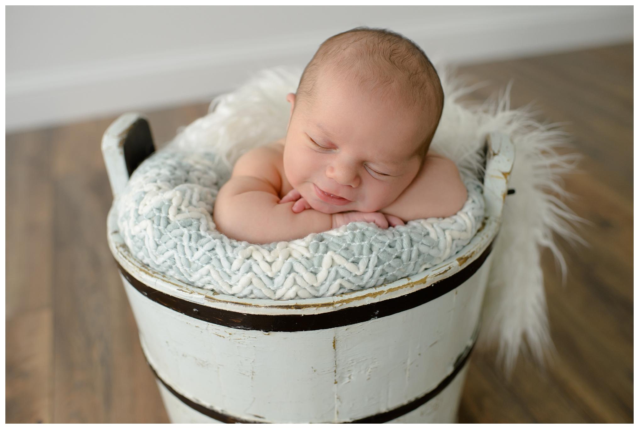 Newborn-Photographer-Sweet_Light-Portraits_0566.jpg