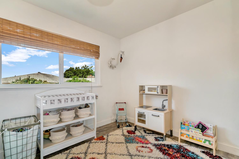 6417 Sandstone St Carmichael-large-025-049-Bedroom 1-1500x1000-72dpi.jpg