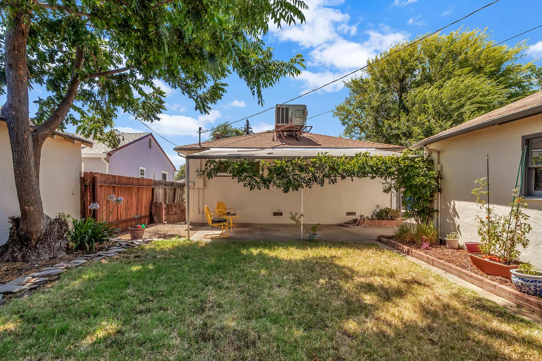 5451 Emerson Rd Sacramento CA-large-027-016-5451 Emerson Rd 27-1500x1000-72dpi.jpg