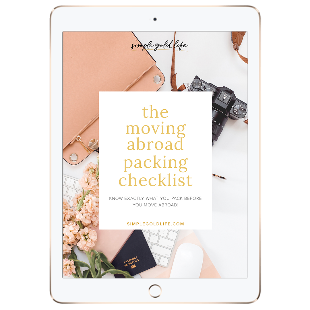 Moving-Abroad-Packing-Checklist-Download_SimpleGoldLife-1080x1080---Insta_FB.png
