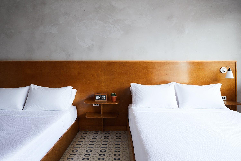 The_Drifter_Interiors_Rooms_Dbl_Queen_006.jpg