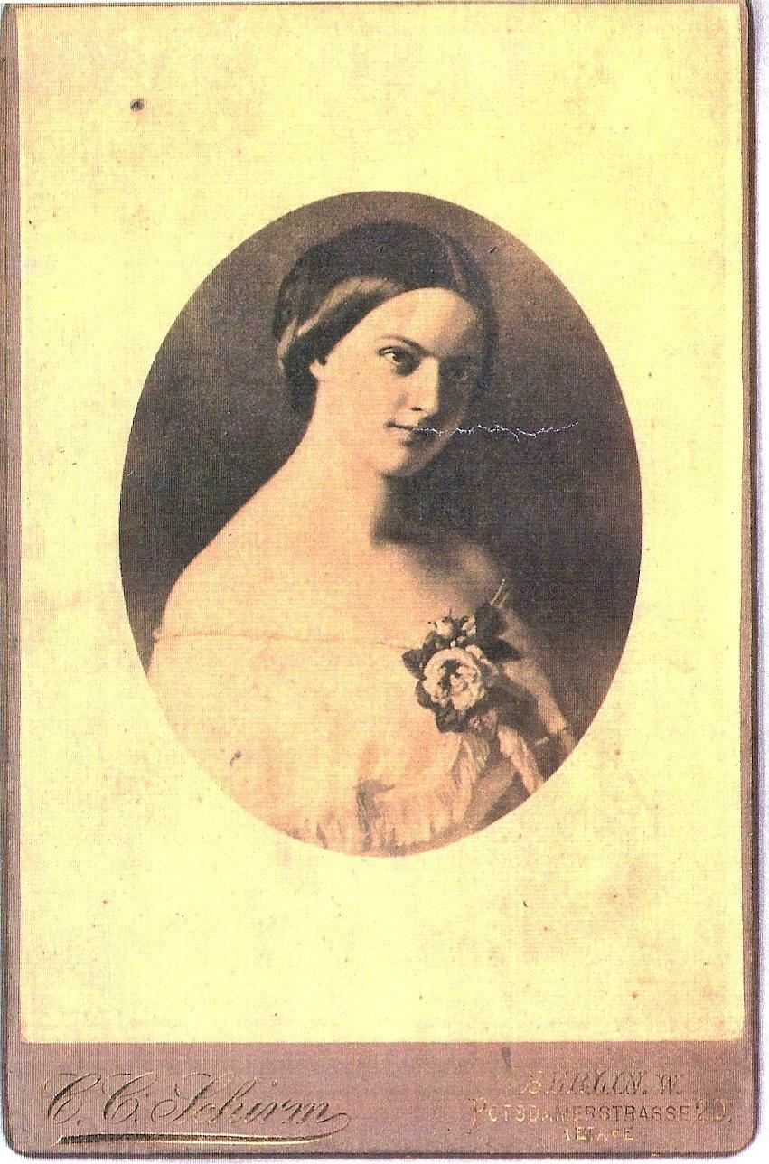 Yndige Betsy Anker var Halfdan Kjerulfs pianoelev.