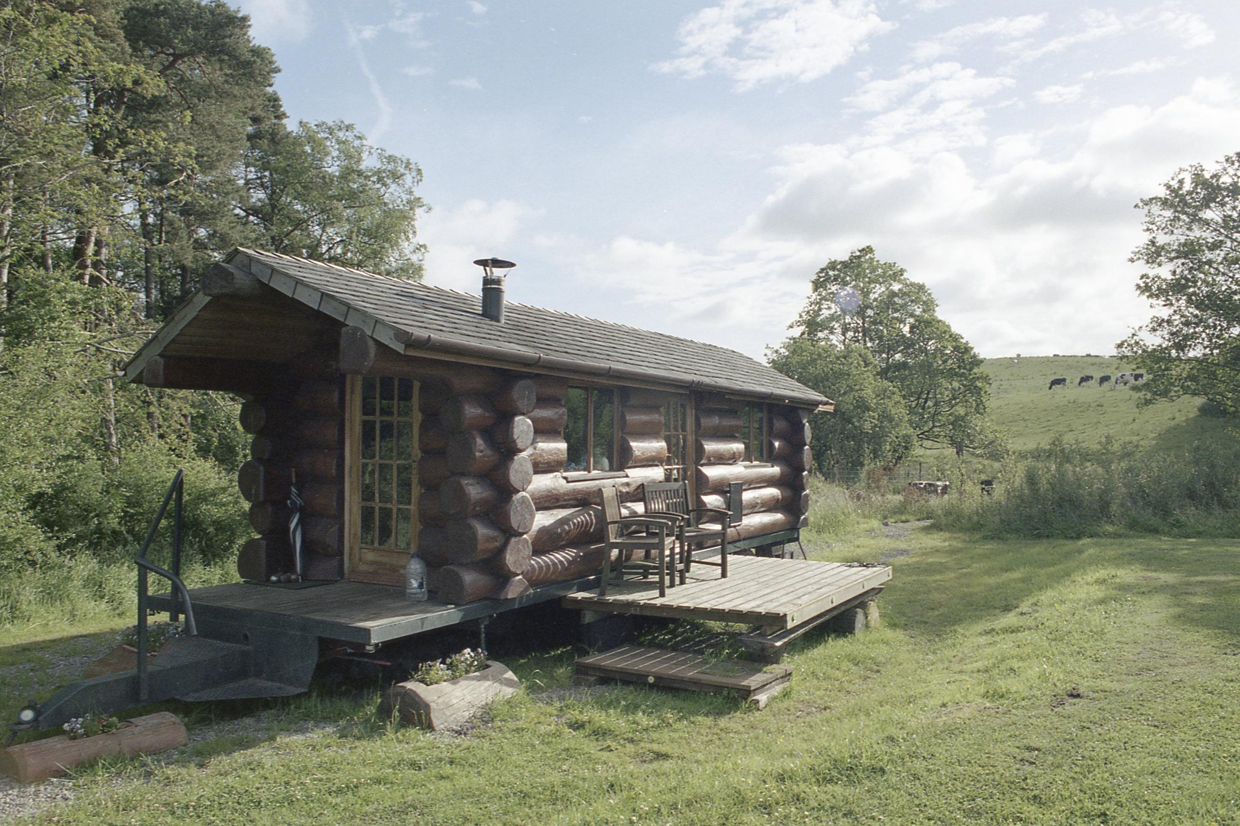 cabin1.jpg