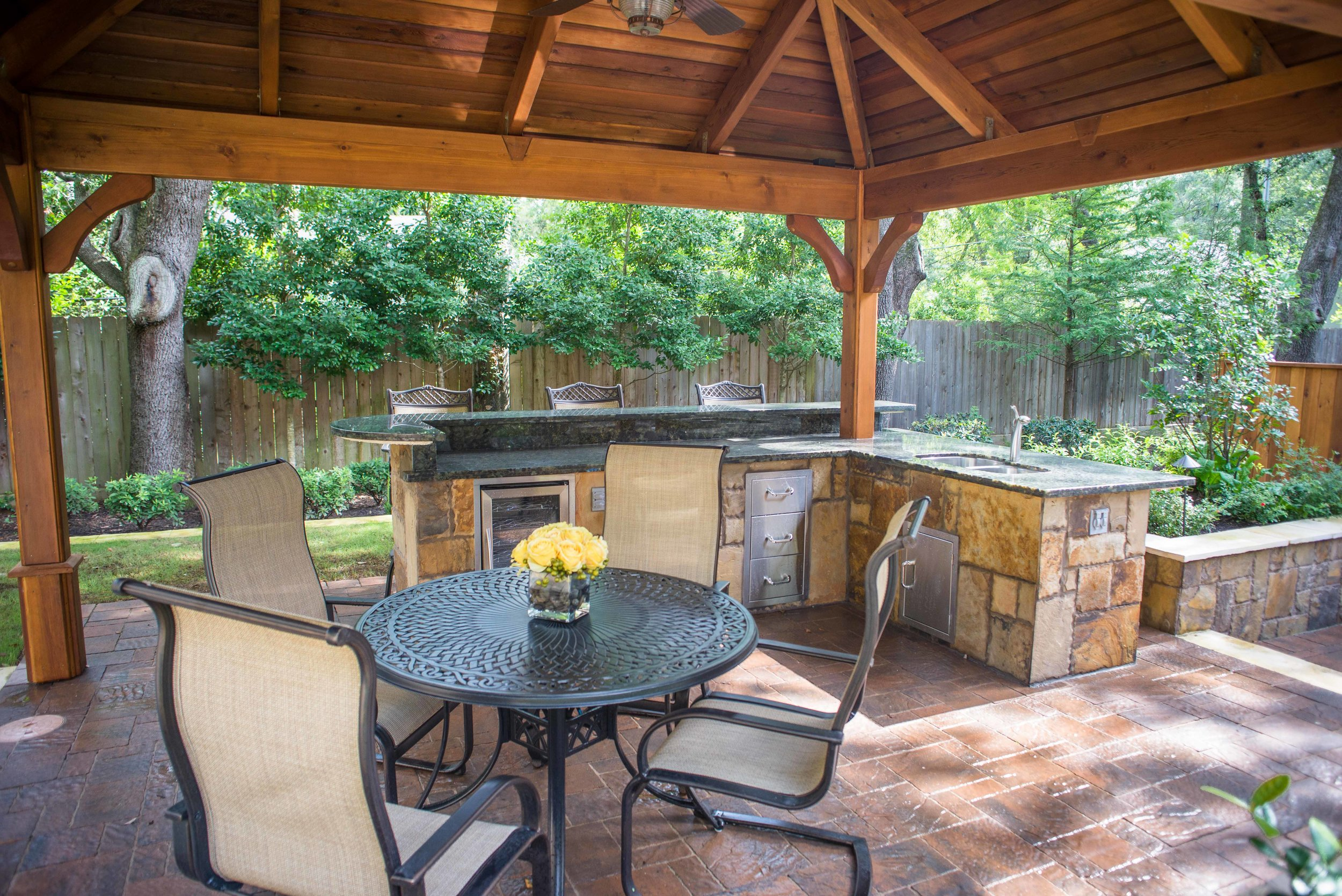 Mirror Lake Outdoor Kitchens 8.jpg