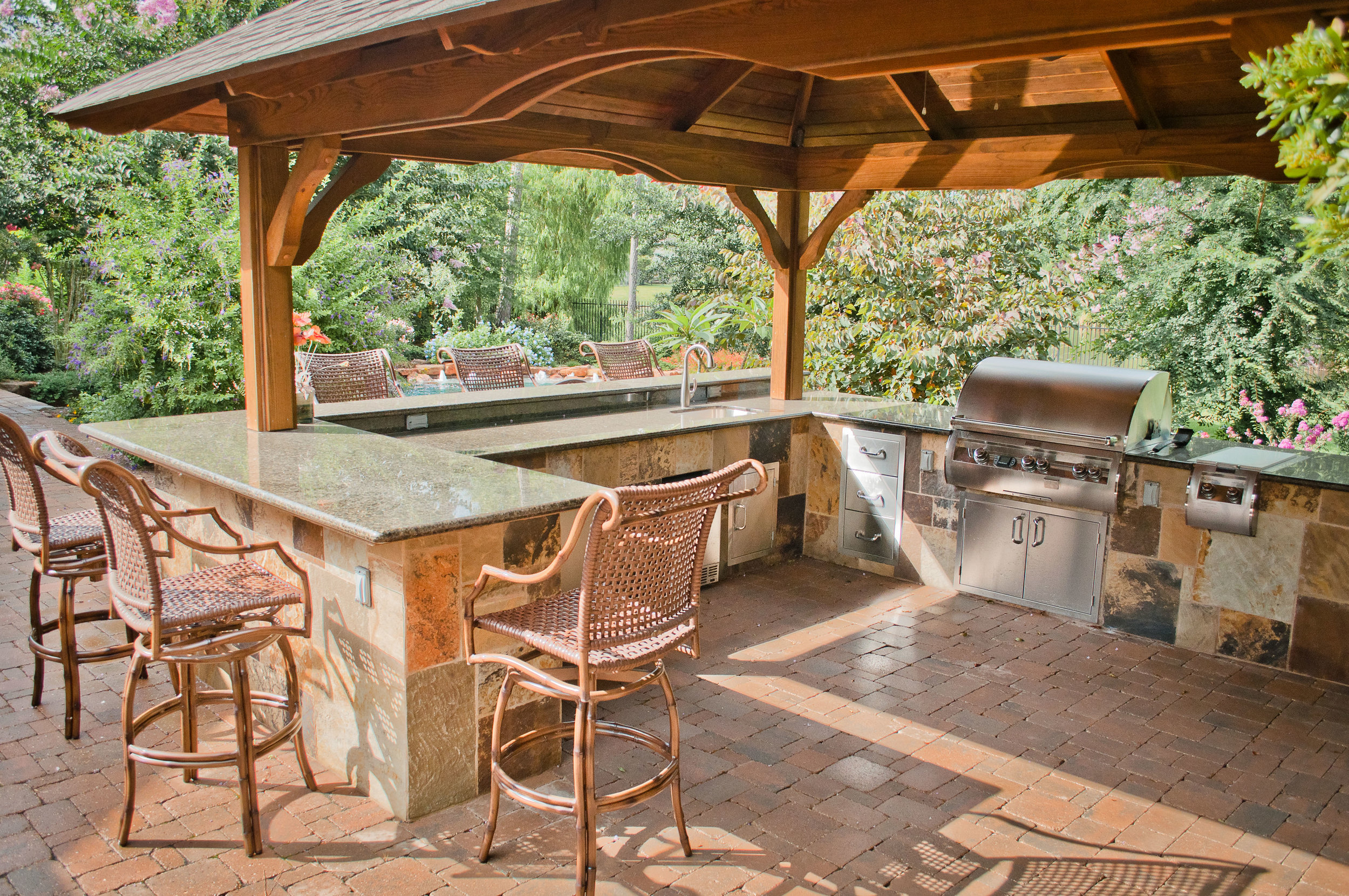 Mirror Lake Outdoor Kitchens 11.jpg