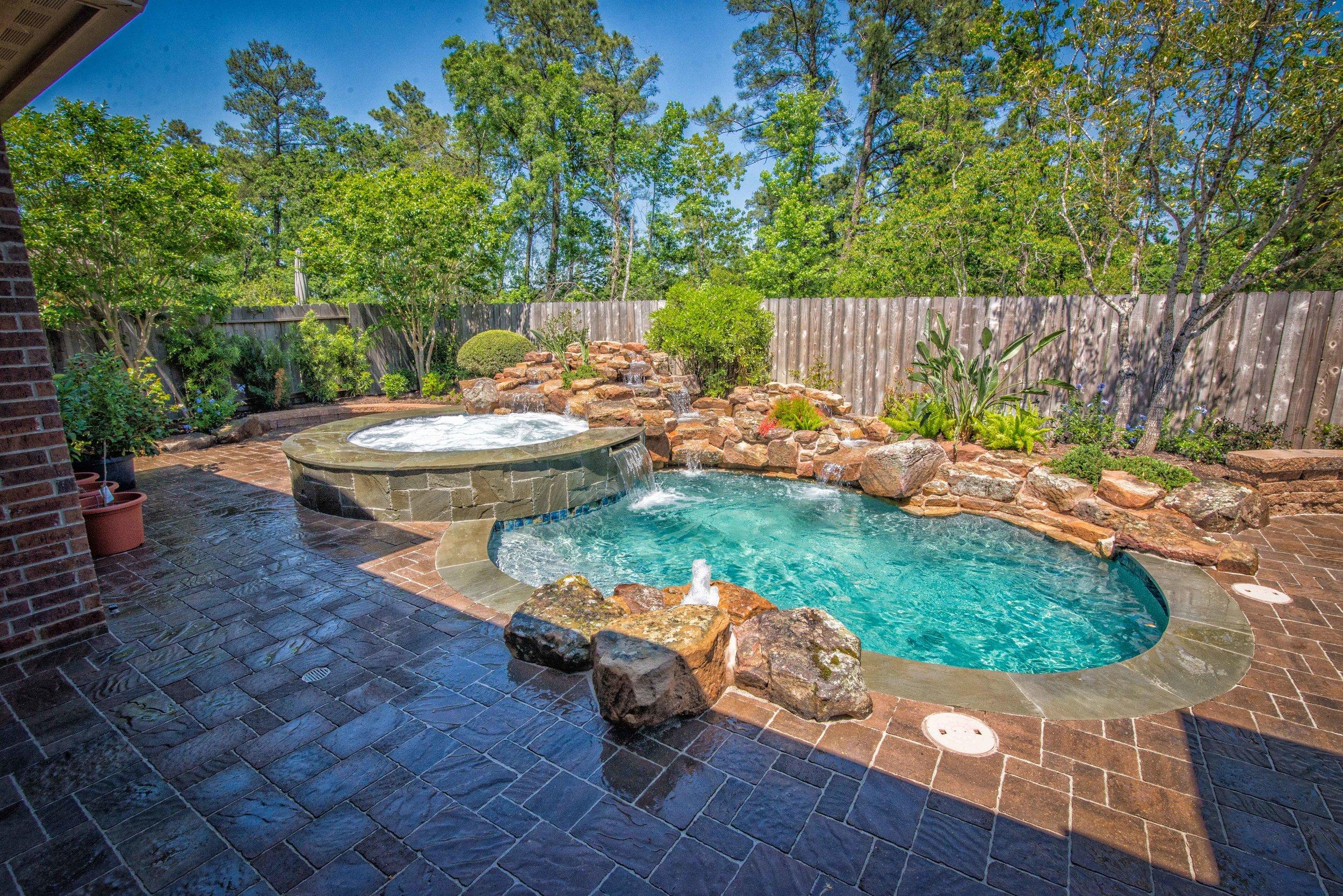 этом красивый бассейн на даче фото этом