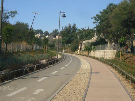 Jerusalem_Railway_Park_04