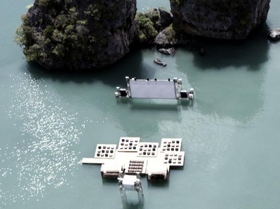 Ole_Scheeren's_Floating_Cinema_03