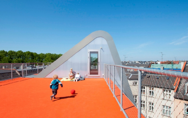 Hedonistic_Rooftop_Penthouses_04