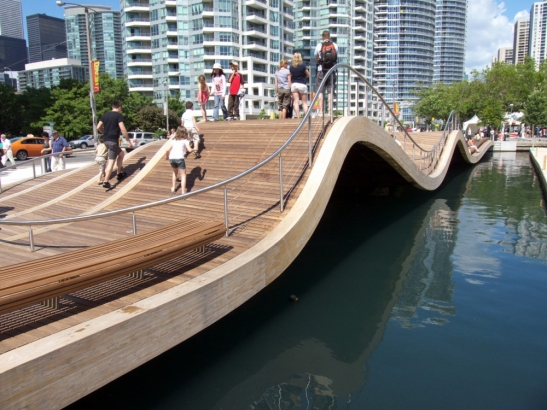 Toronto_Central_Waterfront_01
