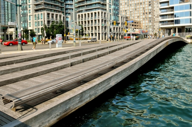 Toronto_Central_Waterfront_04