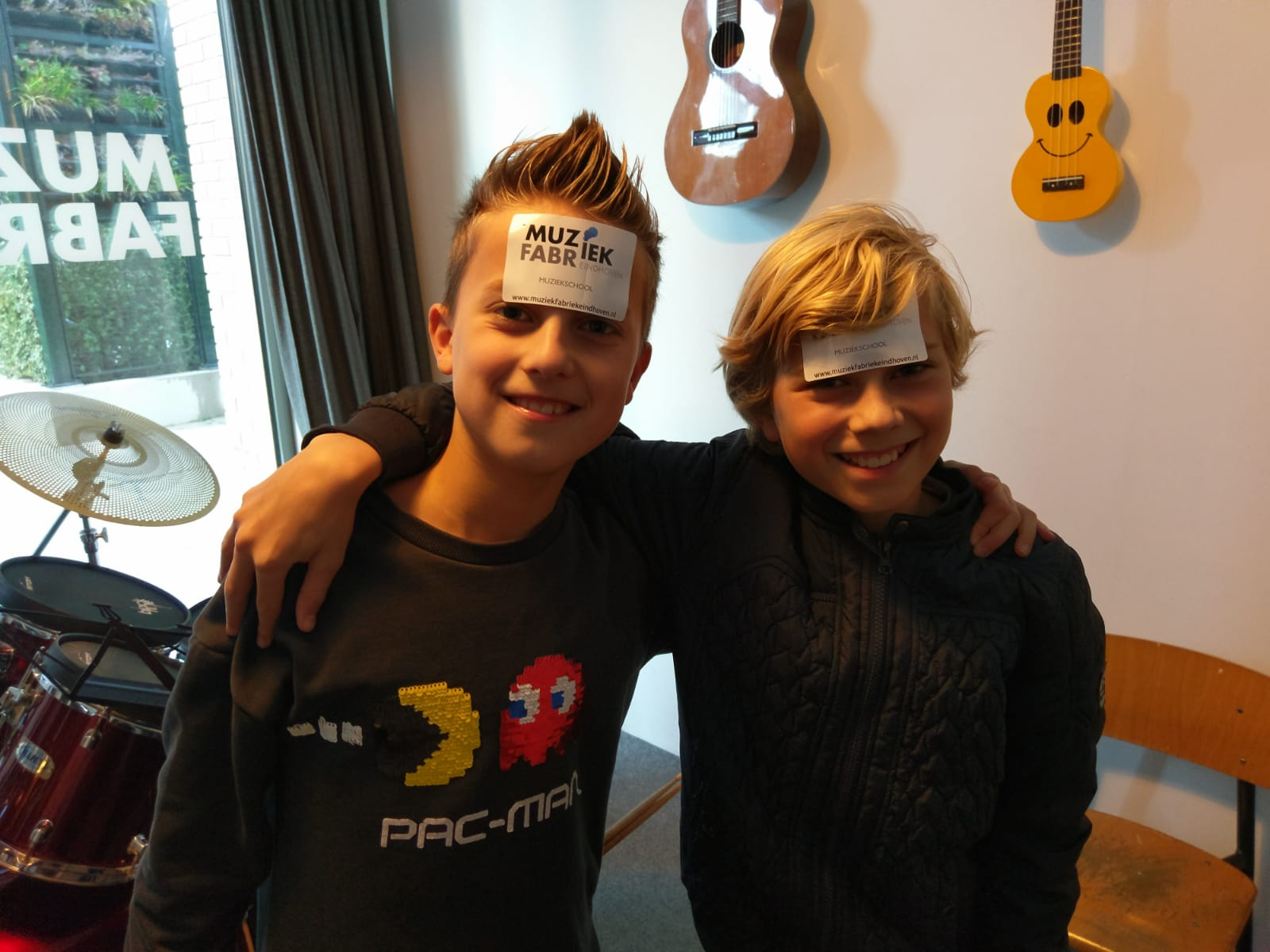 Luuk en Thomas sticker.JPG
