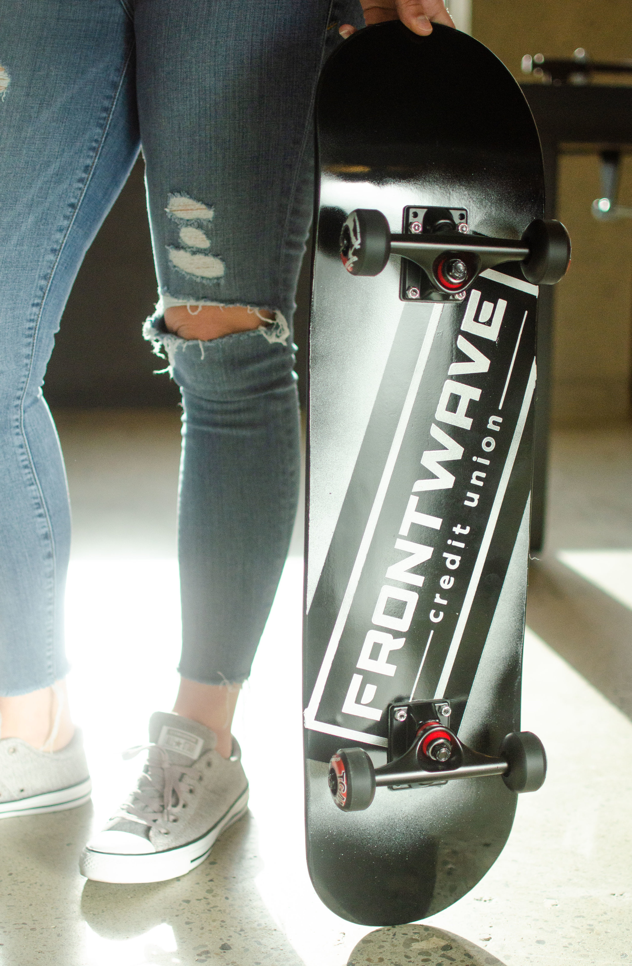 Frontwave-Black-Skateboard_WMG0122.jpg