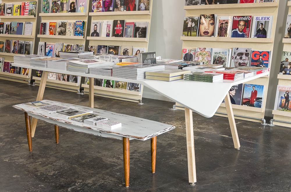TOMO TABLE.jpg