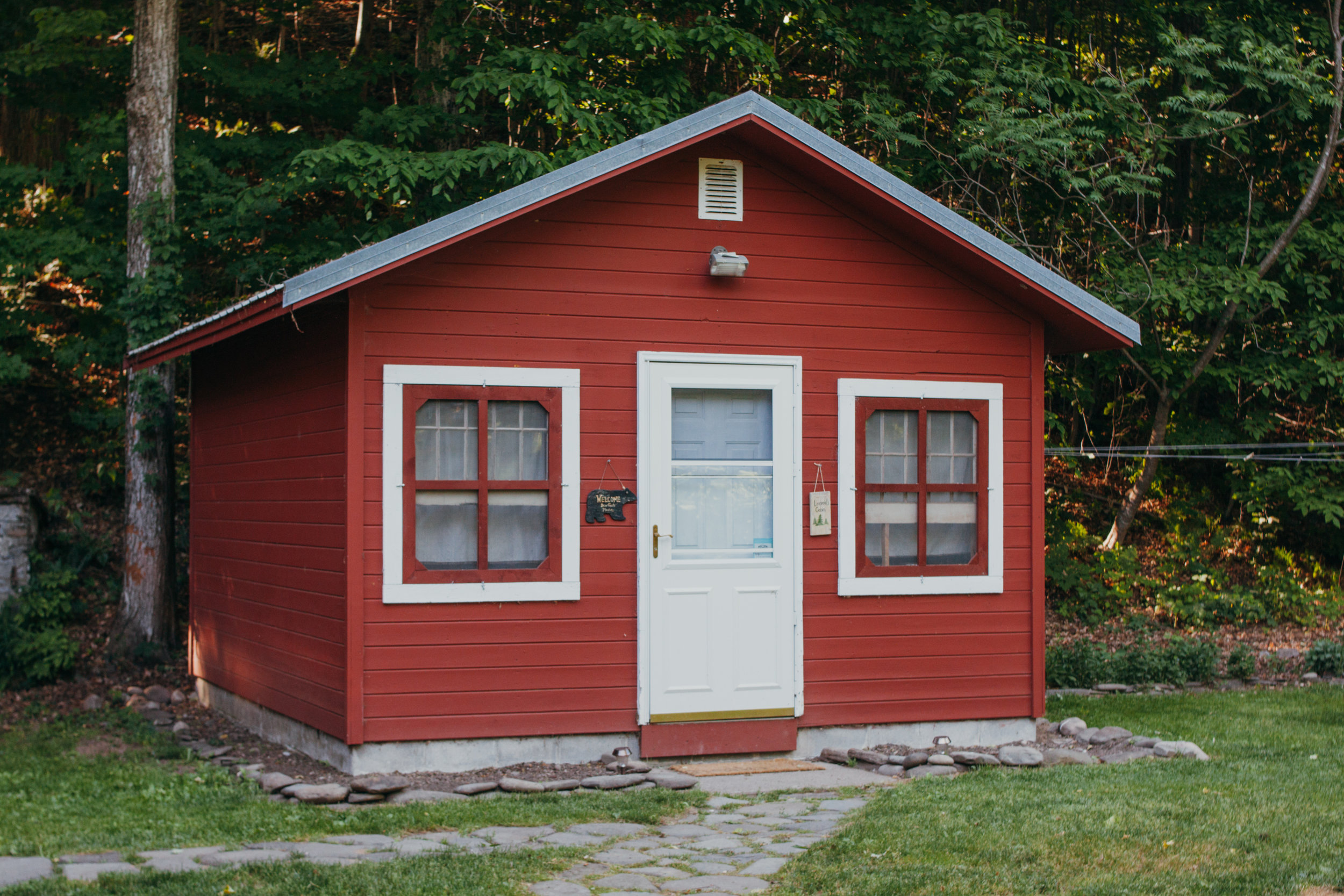 The Leopold Cabin is open in all seasons for as the perfect little cabin rental in Upstate NY.