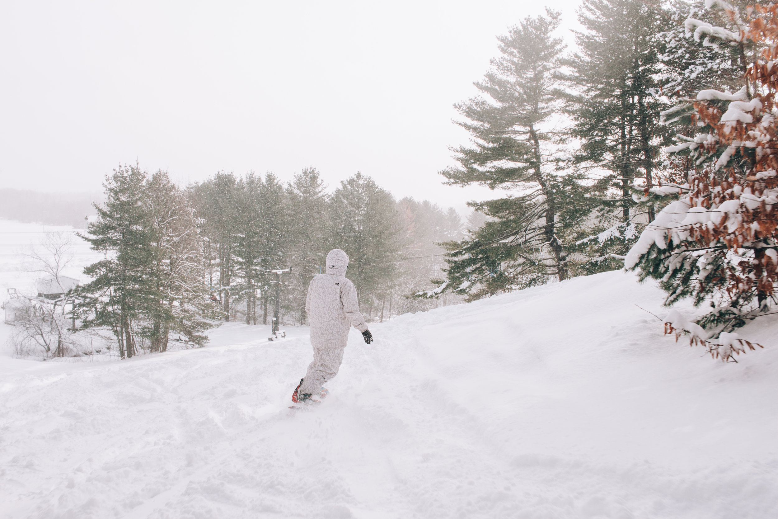Marin_Snowboarder_at_Snow_Ridge_Turin_Upstate_NY