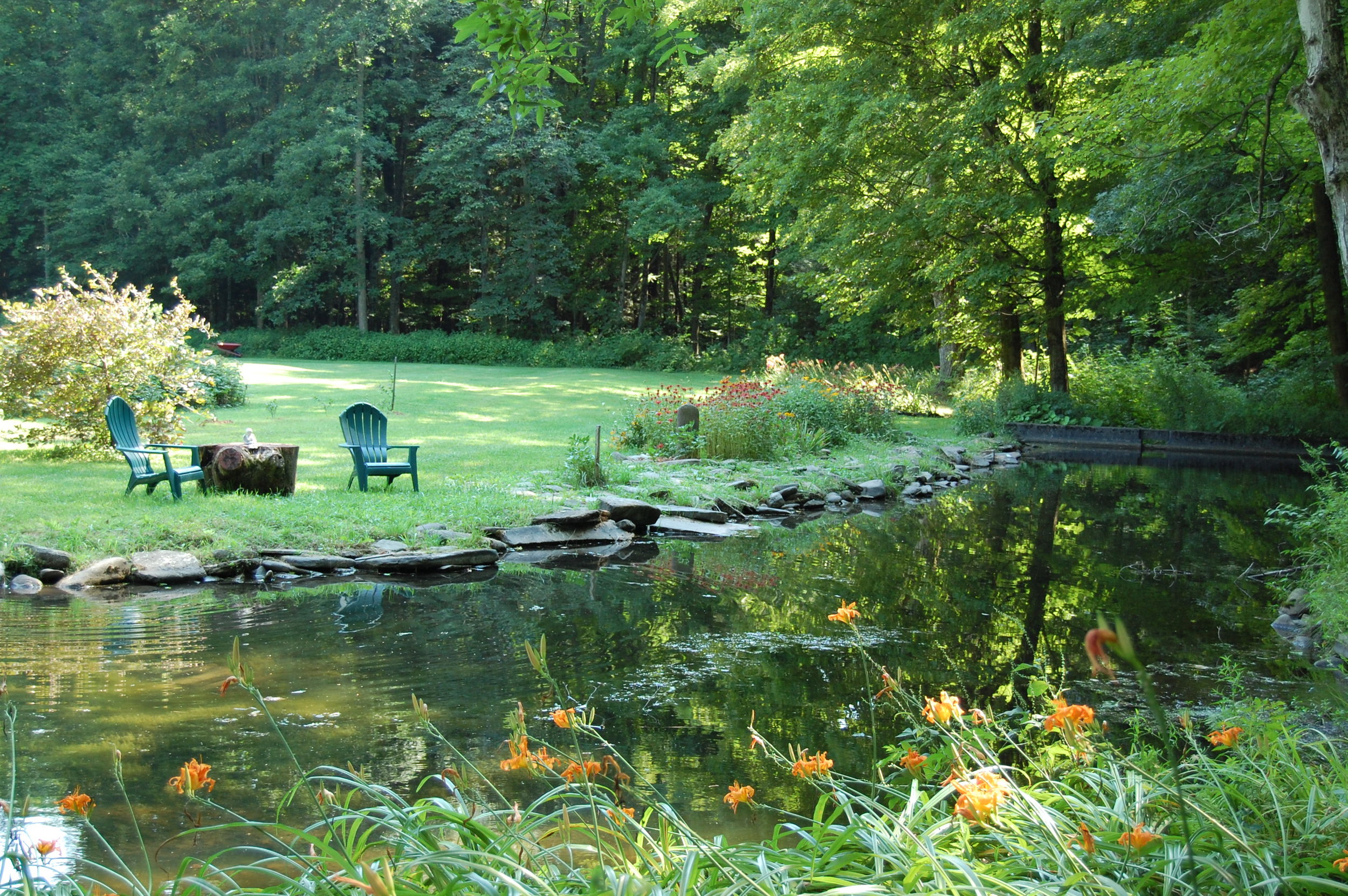 Vacation rentals and lodging at Wellnesste Lodge in Central New York State