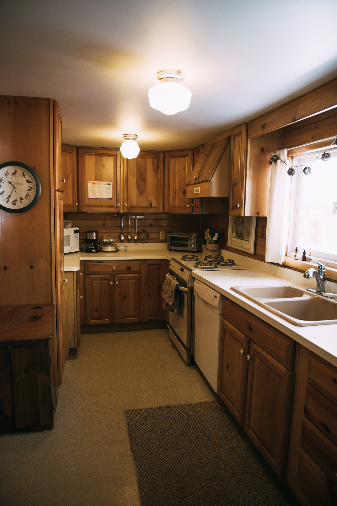 Black Bear cabin rental offers full kitchen and so much more.
