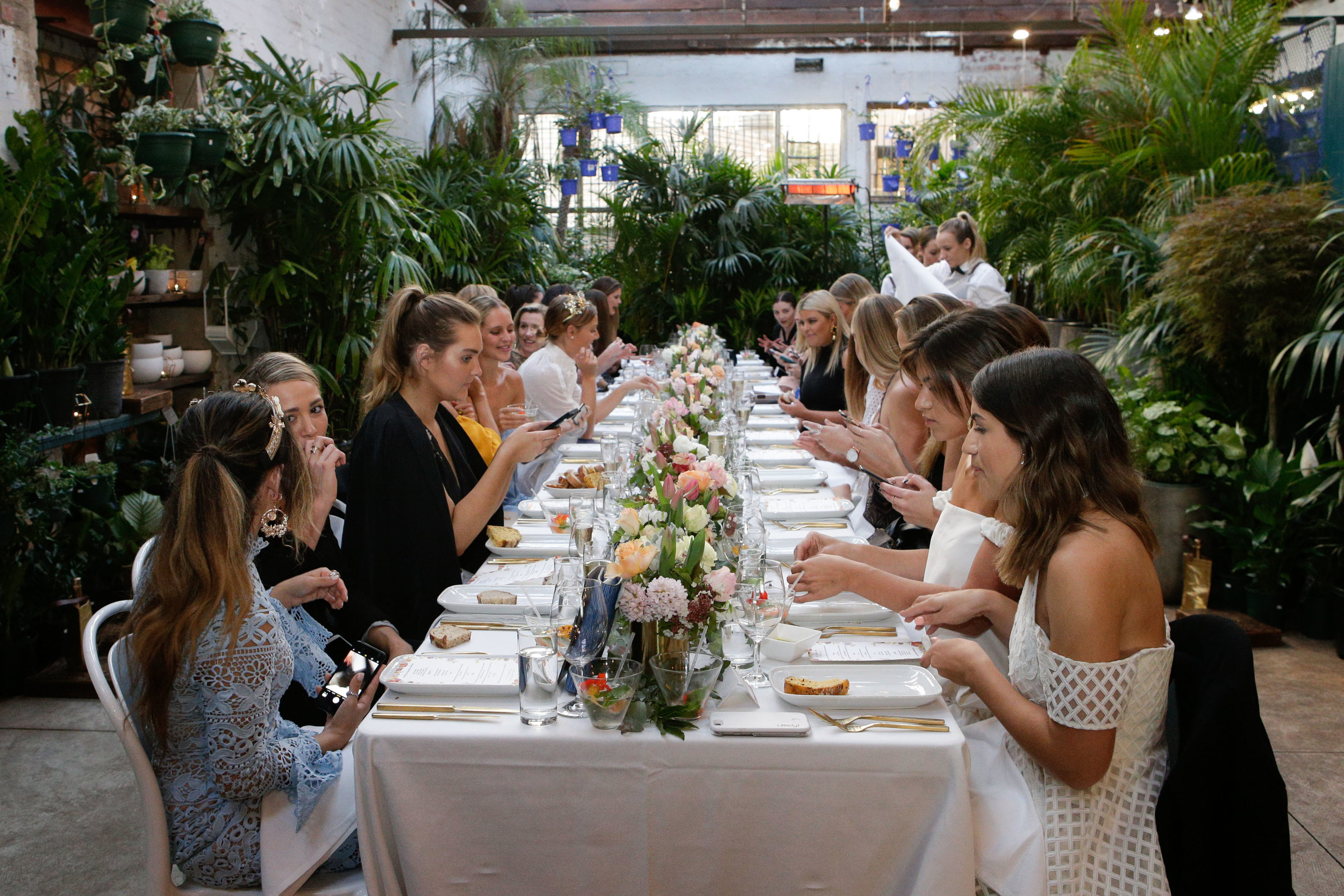 yellowglen-terrace-melbourne-cup-launch-dinner-table-and-guests-1.jpg