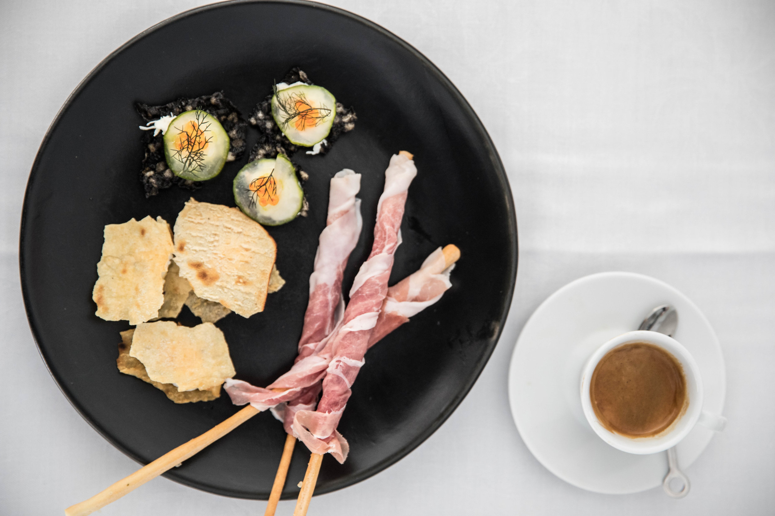 lavazza-massimo-bottura-worlds-50-best-restaurants-awards-2017-otto-canapes-5.jpg