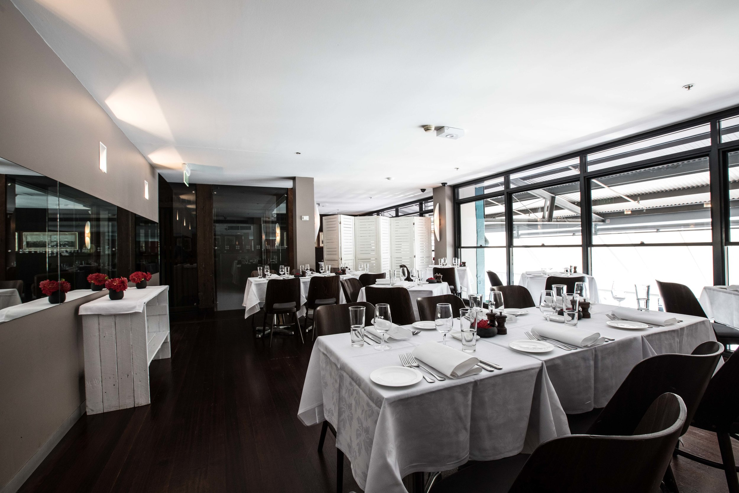 lavazza-massimo-bottura-worlds-50-best-restaurants-awards-2017-otto-private-dining-interior.jpg